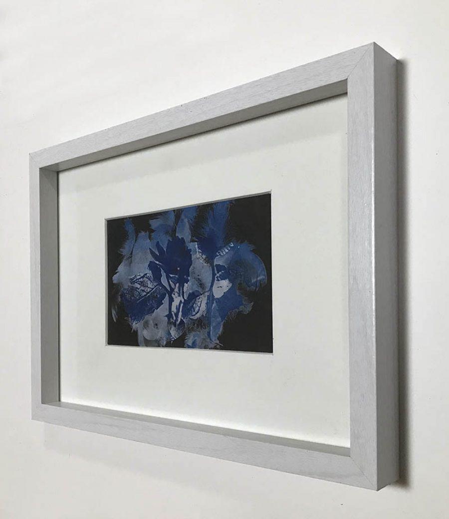 Ten    |   10 x 16,5 cm, frame 23 x 32 cm   |   €175,-